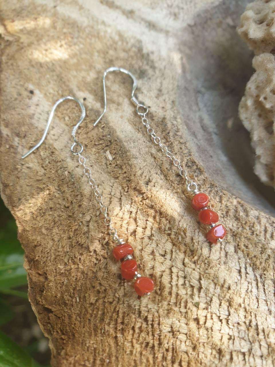 Boucles d'oreilles corail rouge en argent
