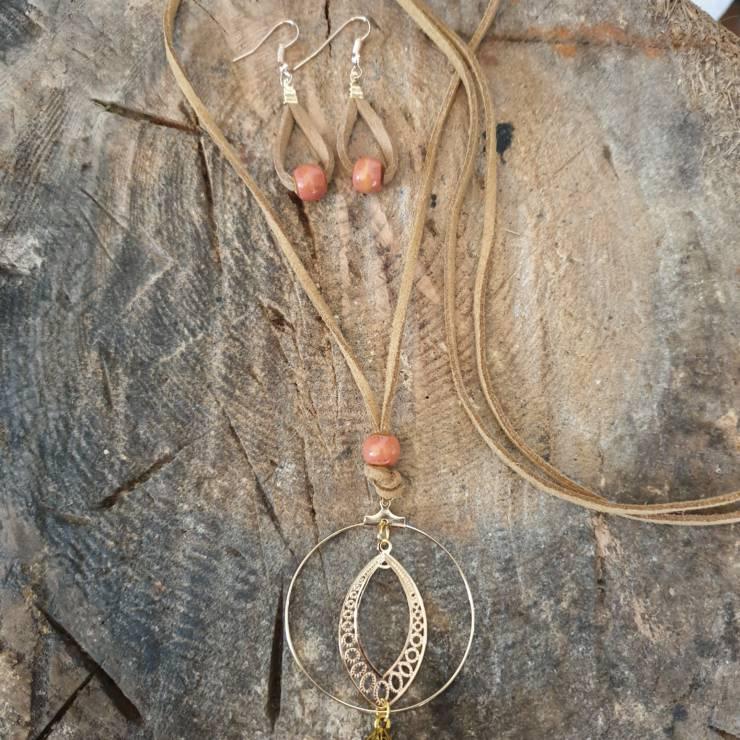 Boucles d'oreilles perles corail