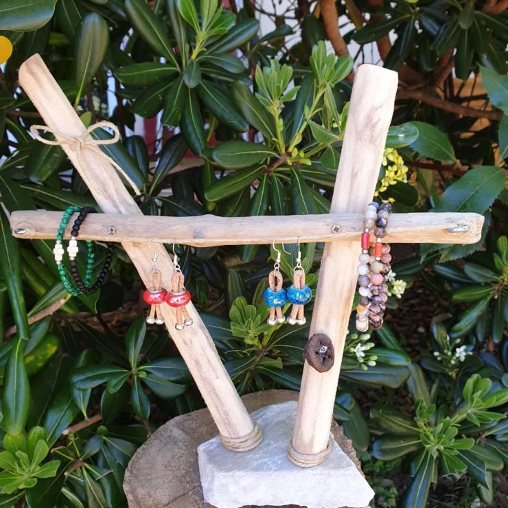 Création de support bijoux bois flotté